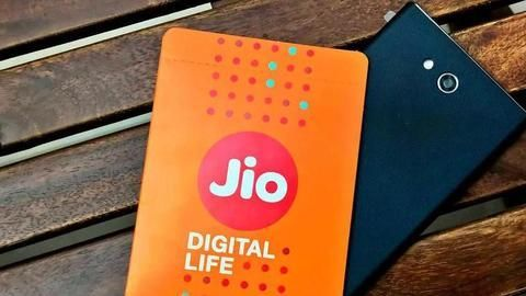 You can now buy the JioPhone on Amazon!