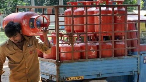 Book Indane LPG cylinder on Facebook and Twitter! Heres how