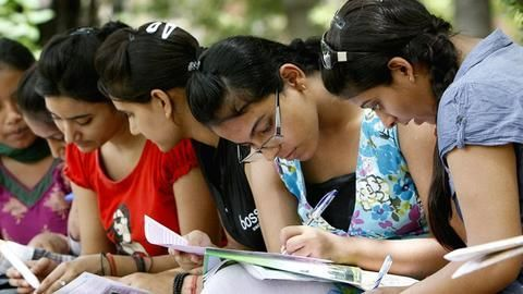 Students outrage over Class 12 routine, CBSE says gaps impossible
