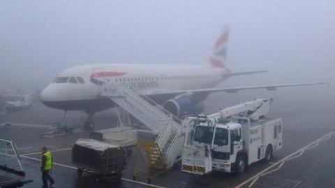Fog affects 100 flights, 90 trains in and around Delhi