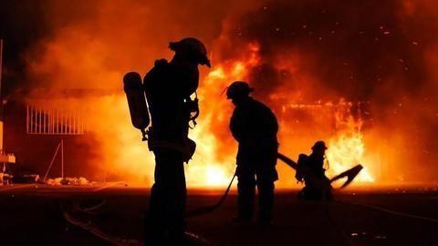 Five bogies of Patna-Mokama Express catch fire, no casualty