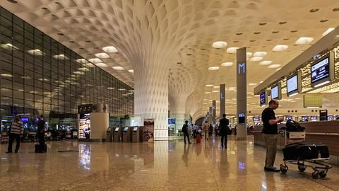 Mumbai-Delhi third busiest air route, but with poor punctuality