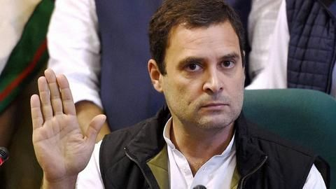 Day after truce with government, Rahul takes swipe at Modi