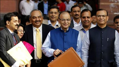 Before 2019 polls, will government lure middle-class with tax sops?