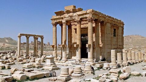 ISIS blows up Baal Shamin temple in Syria
