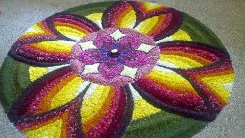 Of Kesav sarees, mundus and beautiful flower arrangements