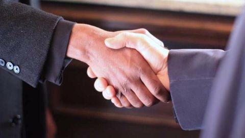 CarDekho acquires Zigwheels, competition heats up