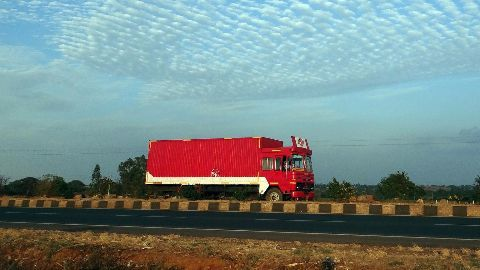 100 trucks cross over from India to Nepal