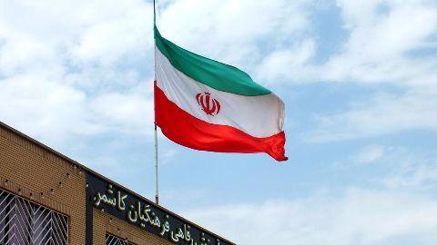 Iran parliament backs the nuclear deal