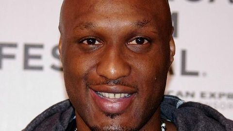 Lamar Odom gains consciousness, says 'Hi'