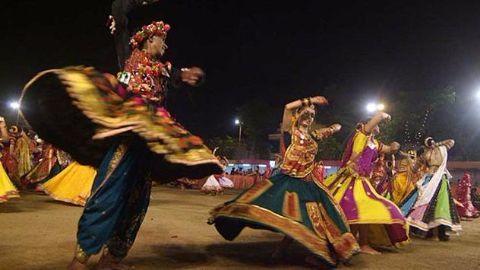 The festival of Garba