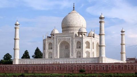 Ahead of IIT-D townhall, Mark visits Taj Mahal