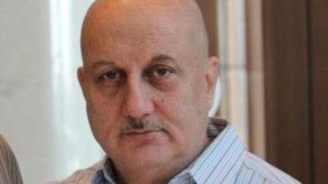 Anupam Kher criticizes filmmakers for returning awards
