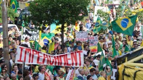 Thousands call for Rousseff to step down: Brazil