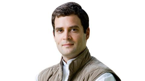Rahul lashes out at Modi for insulting Kerala people