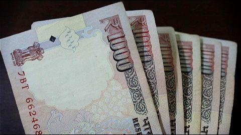 Delay salary hikes, 5 states tell Centre
