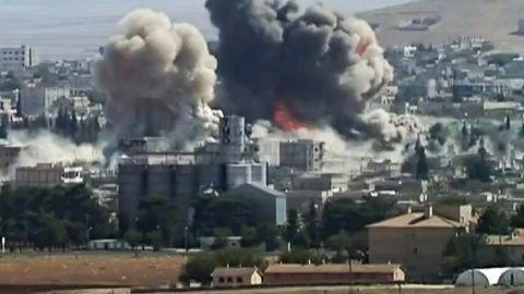 US orders air-strikes, Kurds rally against ISIS