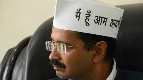 Kejriwal goes guns blazing on the babus