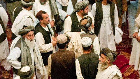 Afghan peace talks begin in Pak