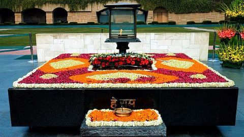 How is Martyrs' Day celebrated in India?