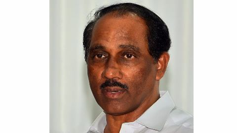 Kerala excise minister withdraws his resignation