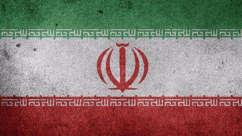 Iran snubs Saudi, refuses to freeze oil output