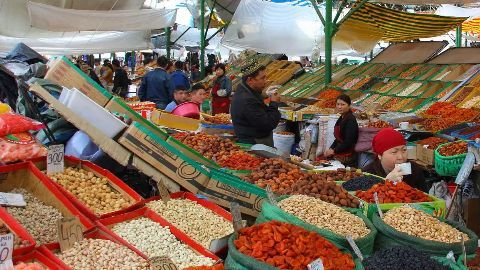 Inflation rises, industrial growth decelerates