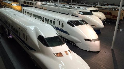 Team in Tokyo to discuss bullet train project