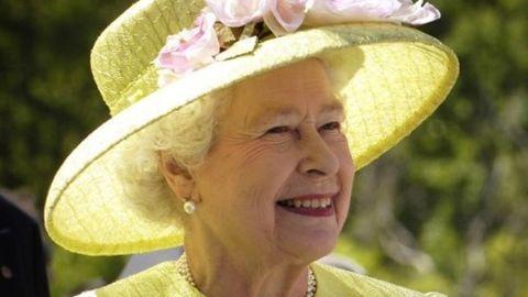 EU referendum plans unveiled by Queen Elizabeth