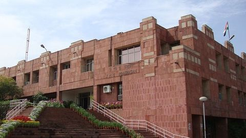 I&B Ministry to talk to FTII students