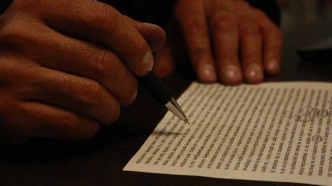 Volunteer files a defamation case against Vishwas