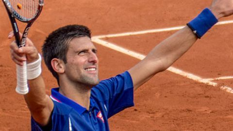 Djokovic crushes King of Clay at French Open