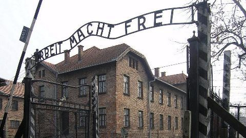 Accountant in Holocaust sentenced to four years in prison