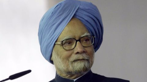 Manmohan Singh criticizes PM Modi's mismanaged demonetization