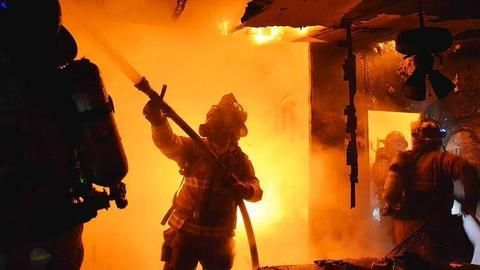 Only 400 of Delhis 5,000 restaurants follow fire safety norms
